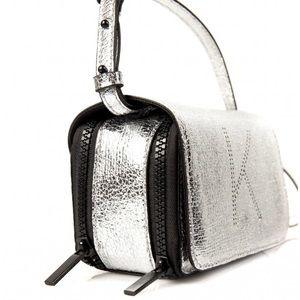Kendall & Kylie crossbody bag snapshot bag